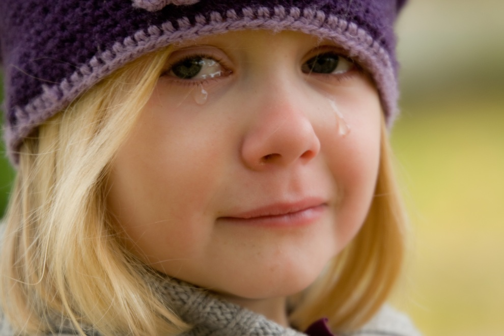 crying-children-cry-autumn-572342